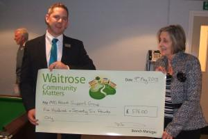Waitrose LeighonSea - cheque MDS support gr.